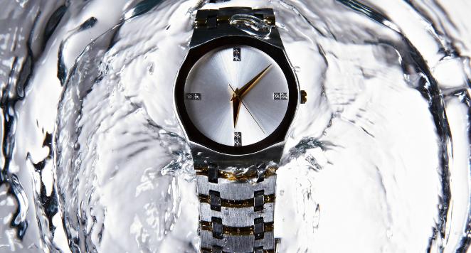watch in water