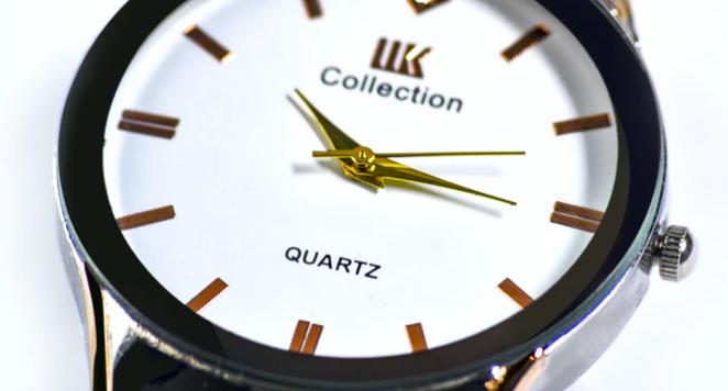 white dial quartz watch