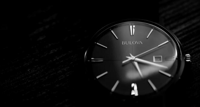 what is a quartz watch